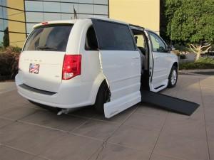 2014 Dodge Caravan SXT Exterior